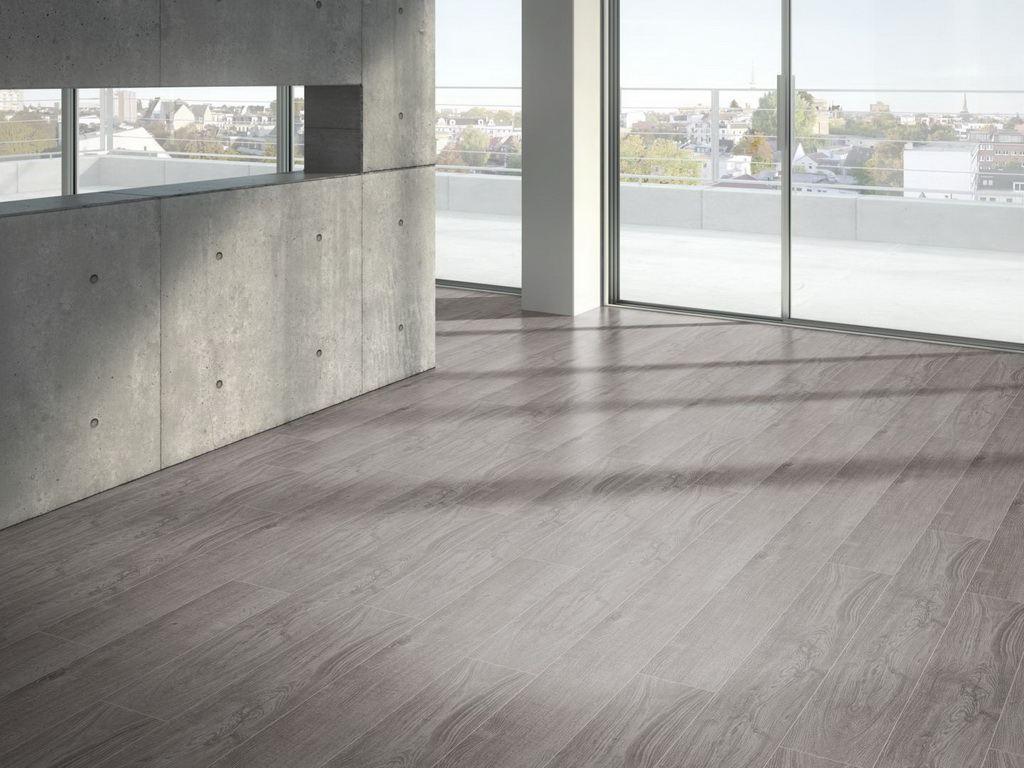Dub šedý svetlý 4V / PARADOR Basic 200 / P1594000